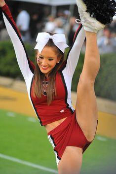 College Cheerleader Heaven: Very Cute South Carolina Cheerleader http://www.complex.com/sports/2011/10/the-20-sexiest-college-cheerleader-squads-of-2011 (The 20 Sexiest College Cheerleader Squads of 2011) from Cheerleading: Stunts: Bow  Arrow, Heel Stretch, Scorpion  Scale board http://www.pinterest.com/kythoni/cheerleading-stunts-bow-arrow-heel-stretch-scorpio/ p.0.1 m.13.5 #cheer #KyFun