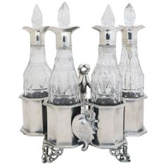Regilla ⚜ Antique English Silver and Glass Cruet