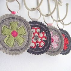 Pretty little things! I must make some for thank you for your help gifts for parents who volunteer.