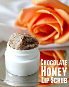 How to make chocolate honey lip scrub