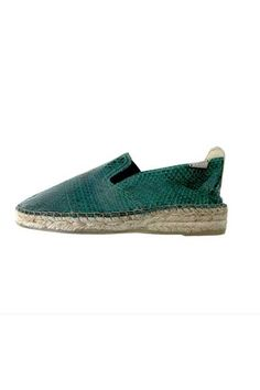 19 Espadrilles To Purchase Immediately #refinery29  http://www.refinery29.com/espadrille-shoes#slide12