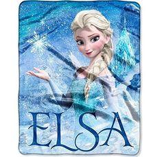 Disney Frozen Plush Blanket with Elsa.  These Frozen plush blankets make a great gift idea for Birthdays or Christmas gift ideas.  #DisneyFrozen