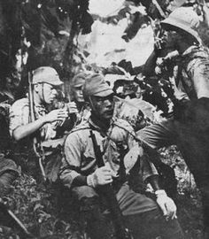 Imperial Japanese troops during World War II. The Japanese power during this period did not allow him to kingdoms and colonial enclaves of Southeast Asian cope with exapansionista career was developing the Empire of the Rising Sun. Soon the entire region would fall within the territories conquered by Japan - Pin it by GUSTAVO BUESO-JACQUIER