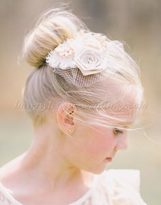 flower+girl+hairstyles,+flowergirl+hairstyles+-+flowergirl+hairstyle+with+hair+piece