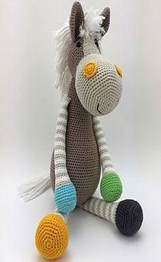 Ravelry: Paard Emma pattern by Stip & Haak Crochet Animal Patterns, Stuffed Animal Patterns, Crochet Animals, Doll Patterns, Cute Crochet, Crochet For Kids, Crochet Baby, Knit Crochet, Crochet Patterns Amigurumi