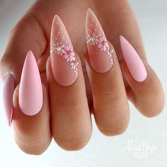 Romantic Nails, Elegant Nails, Stylish Nails, Trendy Nails, Glam Nails, Dope Nails, Nail Manicure, Pink Nails, White Gold Nails