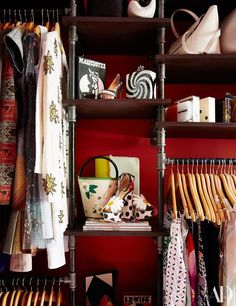 Renzullo Used Piping For The Custom Closet Which Hart Employs A Home Organizer To