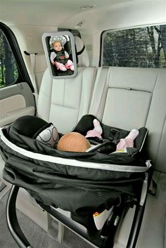 The BRITAX Back Seat Mirror provides a view of your rear-facing baby at any angle while allowing installation to adjacent vehicle head restraints. The shatter-proof, extra large mirror is convex to reflect a head-to-toe view of baby. The adjustable attach Baby Kind, My Baby Girl, Baby Love, Baby Baby, Baby Girls, Baby Necessities, Baby Essentials, Vogue Kids, Shower Bebe