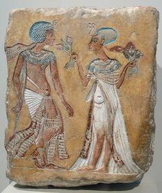 probably Smenkhare and Merytaten, but possibly Tutankhamun and Ankhesenamun copyright Andreas Praefcke