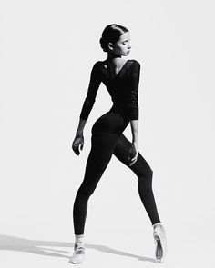 New sport photography poses ballet dancers ideas Dance Photography Poses, Dance Poses, Contemporary Dance Photography, Dance Picture Poses, Sport Photography, Artistic Photography, Ballet Art, Ballet Dancers, Alexander Yakovlev