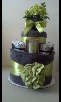 Towel cake.