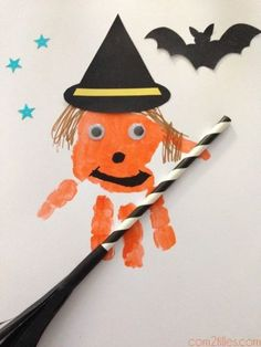Halloween for kids - fingerprint witch - Diy Halloween Theme Halloween, Halloween Arts And Crafts, Halloween Door Decorations, Halloween 2020, Fall Crafts, Fall Halloween, Diy Crafts, Manualidades Halloween, Images