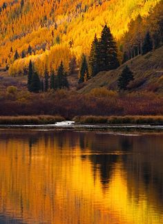 photo by Stan Rose Crystal Lake, San Juan Mountains, Colorado; photo by Stan Rose Beautiful World, Beautiful Places, Landscape Photography, Nature Photography, Photography Tips, Autumn Scenery, All Nature, Best Photographers, Mellow Yellow