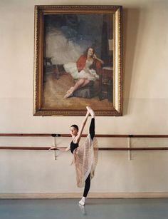 Dance Revolution A portrait of famed Russian ballerina Marina Semenova hangsbehind student Ekaterina Bondarenko at Vaganova Ballet AcademyPhotographed by Arthur Elgort via Teen Vogue Ballet School, Ballet Class, Ballet Dancers, Ballerinas, Ballet Feet, Dance Photos, Dance Pictures, Classic Dance, Vaganova Ballet Academy
