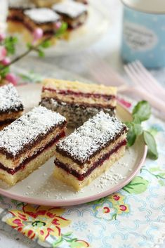 Tiramisu, French Toast, Baking, Breakfast, Cake, Ethnic Recipes, Food, Pie, Patisserie