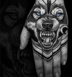Lone Wolf Tattoo, Small Wolf Tattoo, Wolf Tattoo Sleeve, Sleeve Tattoos, Latest Tattoos, Trendy Tattoos, Small Tattoos, Cool Tattoos, Men Tattoos With Meaning