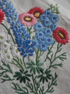 STUNNING VINTAGE EMBROIDERED LINEN SQUARE TABLECLOTH FLORAL EMBROIDERY fabric - Ebay