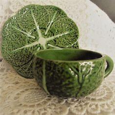 Bordallo Pinheiro CAGGAGE ,green Ceramic RARE.Cup and under cup, Rag,very, Vintage Bordallo Pinheiro,Tasse et sous tasse.Feuille de chou de la boutique Vintagemandalitashop sur Etsy