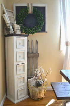 Practical and easy way to refresh your home. These easy tips will hope you freshen up your home and decor, especially when you're in a decorating rut!