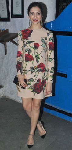Deepika Padukone at #Tamasha success bash. #Bollywood #Fashion #Style #Beauty #Hot