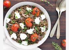 Μεσογειακή σαλάτα με φακές Salad Recipes, Healthy Recipes, Cobb Salad, Quinoa, Ethnic Recipes, Dressings, Food, Greek, Kitchen