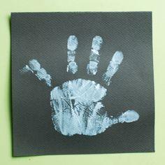 Les petits bonhommes de neige envahissent nos doigts ! Petite activité amusante pour les petits qui voient leurs jolis doigts tout décorés... Diagram, Christmas, Christmas Arts And Crafts, Fingers, Children, Xmas, Weihnachten, Yule, Jul