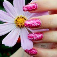 Plastic Wrap Manicure