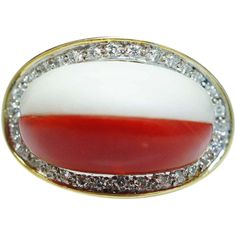 Vintage Red Coral White Chalcedony Diamond Ring in 18k Yellow Gold - Size 5