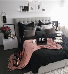 New room decor dorm bedroom ideas diy projects ideas Dream Rooms, Dream Bedroom, Home Bedroom, Bedroom Black, Room Decor Bedroom Rose Gold, Bedroom 2018, Bedroom Ideas Purple, Black And Grey Bedding, Teen Bedroom Colors