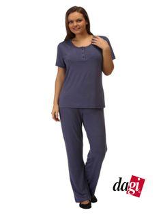 Kısa kollu pijama takımımız %50 indirimli 49,99 TL. Mürdüm, haki, indigo ve petrol yeşili renk seçenekleri ile. http://www.dagistore.com/urun/dagi-pijama-takimi-dgk1258_3547.aspx
