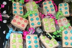 Rice Krispie Treats at a LEGO party #legoparty #ricekrispie