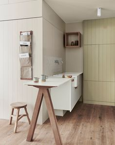 Dulux.co.nz   Create a soft, natural charm in the kitchen using Dulux Mason Bay Double for the walls and Dulux Gentle Annie on the cupboards. Photography by Lisa Cohen Photography. Styled by Breeleech @ Texture design and Heather Nette King.