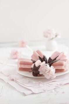 """""""Erdbeer Buttermilch Popsicle!""""  www.lisbeths.de"""