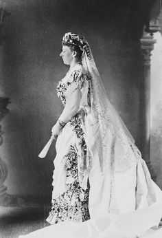 Beatrice in her wedding gown