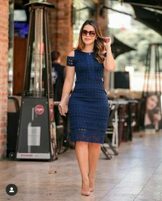 Image may contain: 1 person, standing and outdoor Classy Work Outfits, Classy Dress, Chic Outfits, Dress Outfits, Dressy Dresses, Elegant Dresses, Beautiful Dresses, Short Dresses, Latest African Fashion Dresses