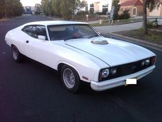 Ford XC Falcon Australian Muscle Cars, Aussie Muscle Cars, American Muscle Cars, Ford Girl, Ford Torino, Ford Falcon, Car Ford, Zoom Zoom, Road Racing