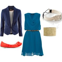 Loving the colour contrast of the orange pumps with the peacock blue dress. Definitely a winner!