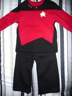 Toddler trekkie! Ok my husband would love my daughter to wear something like this for halloween someday! lol