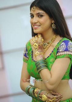Priyadarshini-Sexy-Navel-Photos-At-Dillunnodu-Press-Meet-5
