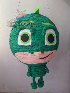 #Piñata #HeroesEnPijama #Gecko  solo en #VivaPiñataFactory tenemos los personajes más nuevos y más antiguos en Piñatas.