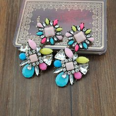 wholesale  fashion accessories vintage cutout laciness inlaying earring men jewelry shourouk necklace candy color $6.00