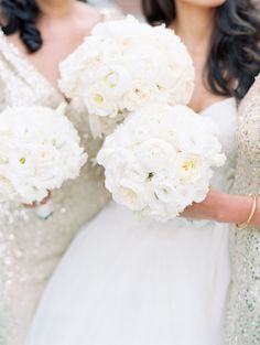 Gorgeous white bouquets: http://www.stylemepretty.com/2015/03/19/elegant-santa-barbara-gold-infused-wedding/ | Photography: Clary Pfeiffer - http://www.claryphoto.com/