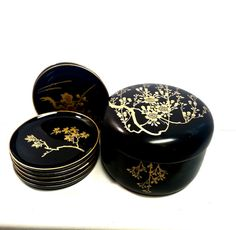 Vintage Japanese Wood Lacquer Box and 7 Coasters  JAPAN by DsTrove