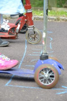 Use your scooter to learn about science! Such a fun, hands-on science idea from @ScienceSparks