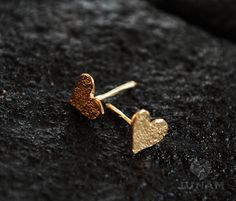 Gold Heart Earrings Gold Plated Valentines Gift By JunamJewelry Tiny Stud Earrings, Emerald Earrings, Cute Earrings, Heart Earrings, Gold Heart Bracelet, Gold Heart Ring, Cute Jewelry, Bridal Jewelry, Gold Earrings Designs