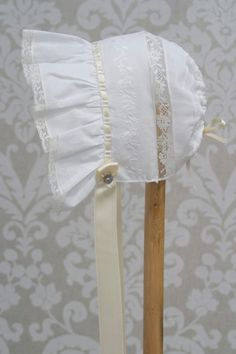 Heirloom Lace Bonnet - Heirloom Memories Christening Outfit, Christening Gowns, Sewing For Kids, Baby Sewing, Sewing Collars, Bonnet Pattern, Baby Bonnets, Baby Gown, Heirloom Sewing