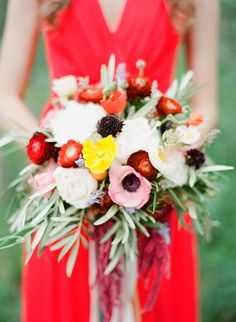 Rich #bouquet of fall colors. Photography: www.conniedaiphotography.com