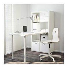 IKEA - KALLAX, Bordkombination, hvid, , Du kan bruge møblet som rumdeler, for det har samme farve på forsiden og bagsiden.Forborede huller til nem montering af ben.Bordet kan nemt flyttes hen over gulvet, fordi plastfødderne beskytter mod ridser.Du kan bruge samlebeslaget til at montere enhver bordplade, der ikke er af glas, på en KALLAX reol.Samlebeslaget vil ikke ridse eller lave skrammer i bordpladen, fordi det er foret med filt.
