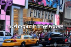 shop in times square. ♡