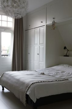 Home - Bedrooms Closet Renovation, Home Bedroom, How To Dress A Bed, Bedroom Interior, Home Decor, Home Deco, Bed, Boys Bedrooms, Bedroom